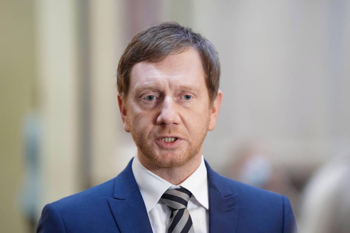 S-chsischer-Apothekertag-Apothekenpolitische-Debatte-mit-Ministerpr-sident-Kretschmer