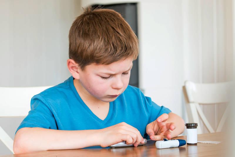 diabetes-typ-1-beim-kind-stress-f-r-die-ganze-familie